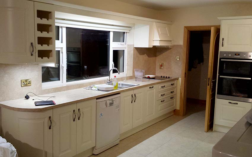 Hand Crafted Ivory Fitted Kitchen